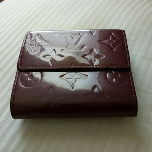 Louis Vuitton Bags - Auth LV Vernis billets cartes credit wallet